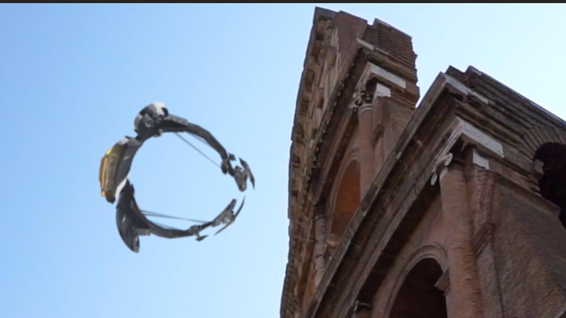 OZN uriaş deasupra Colloseum-ului din Roma în iunie 2016