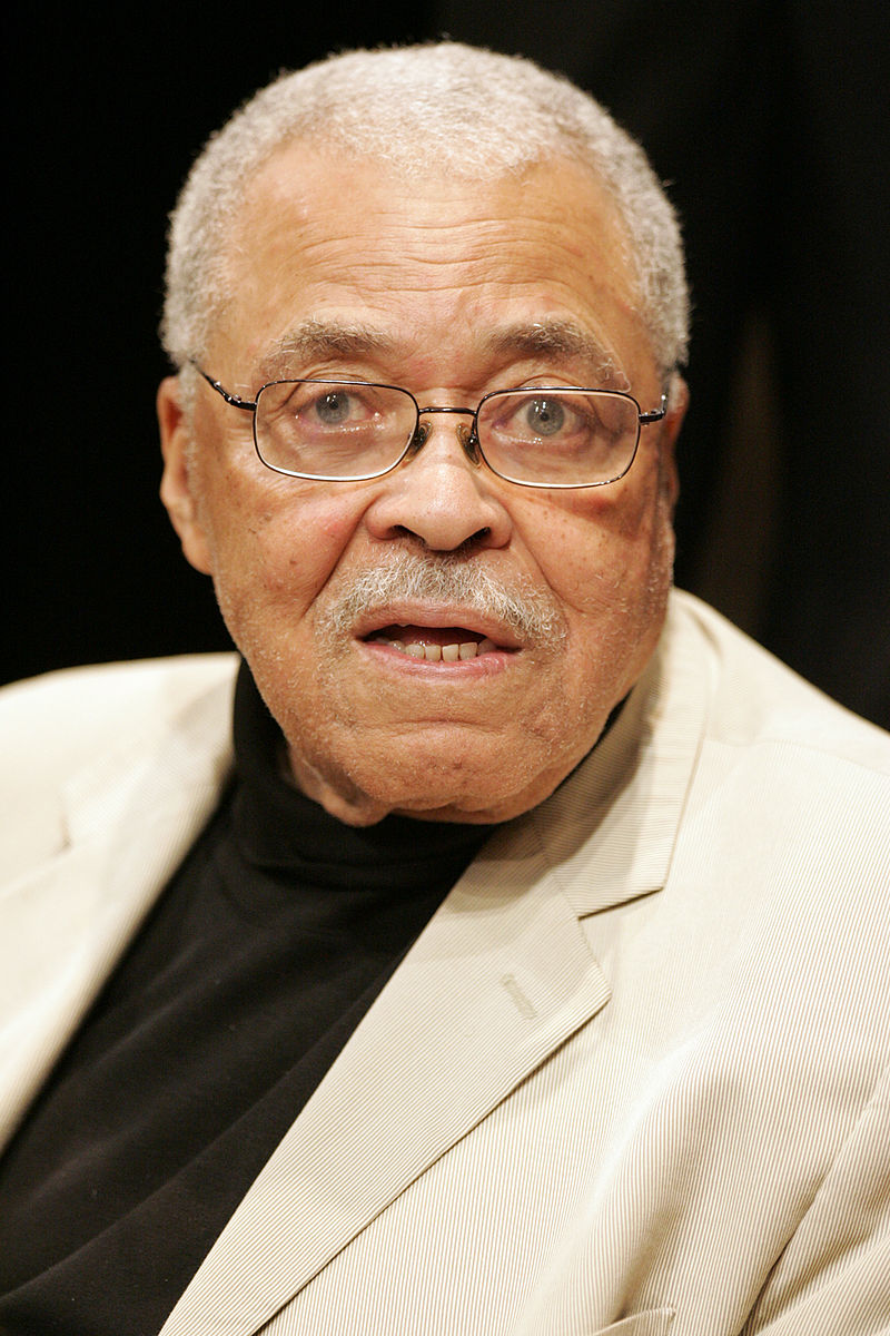 Sursă James Earl Jones, Wikipedia.