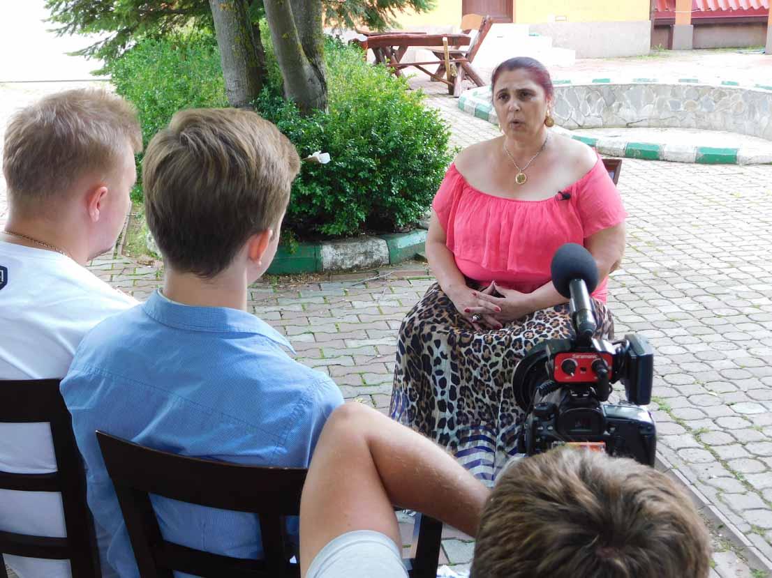 Vrăjitoarea Aurelia Ardeleanca a oferit un interviu de senzație pentru televiziunea din Moscova