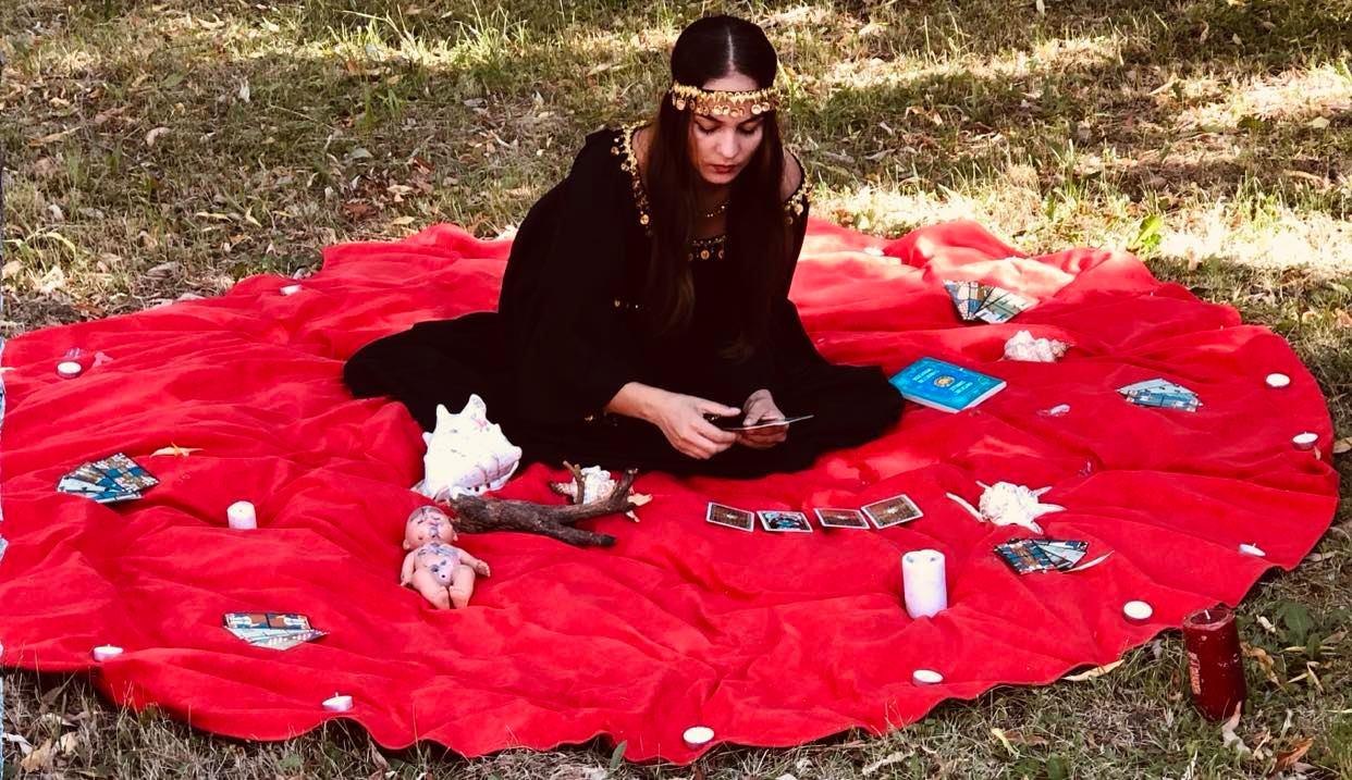 Mulțumiri din Franța și Elveția pentru vrăjitoarea Melinda Lavinia