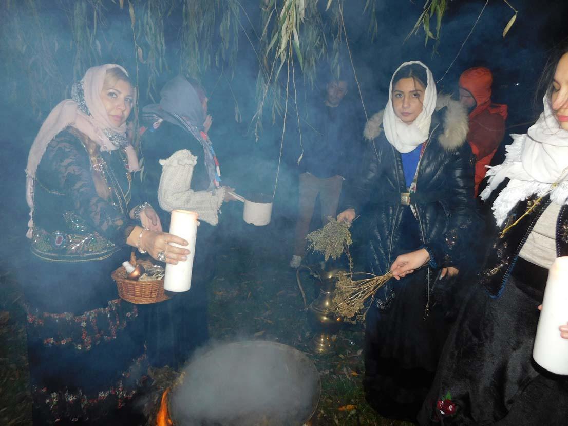 Vrăjitoarea Ioana Sidonia și vrăjitoarea Sunita au făcut un ritual de noapte pentru TVC din Moscova